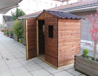 Abri de jardin sur une terrasse Sapin,terrasse,Fenêtre,abri,pin,autoclave,onduline,OSB