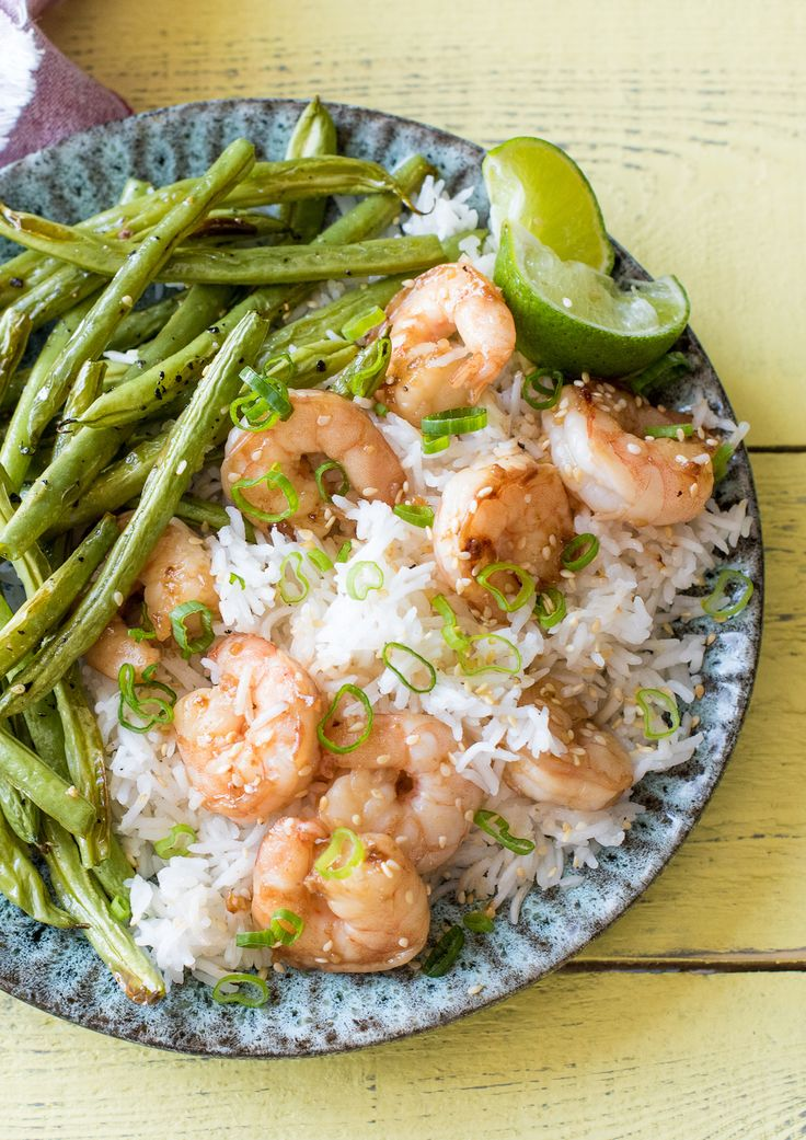 Sesame Shrimp with Ginger-Scallion Rice and Crispy Green Beans | HelloFresh Recipe