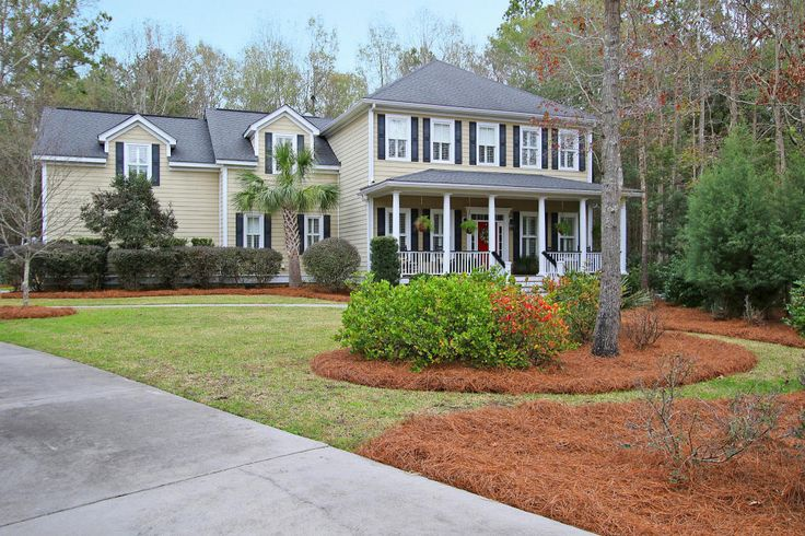 Dunes West - MLS# 16000483 http://ift.tt/1TK2w7W Last Update: Wed Apr 6th 2016 12:00 am   Provided courtesy of Debbie Michael of Dunes Properties Of Mt. Pleasant Looking for a spacious custom-built family home in the Mt. Pleasant school district? Located at the end of a cul de sac in gated Dunes West this 5 bdrm/4.5 bath pool home is perfect for both family living and executive entertaining. Dream kitchen with Wolf range Sub-Zero refrigerator oversized island and custom cabinetry. Kitchen…
