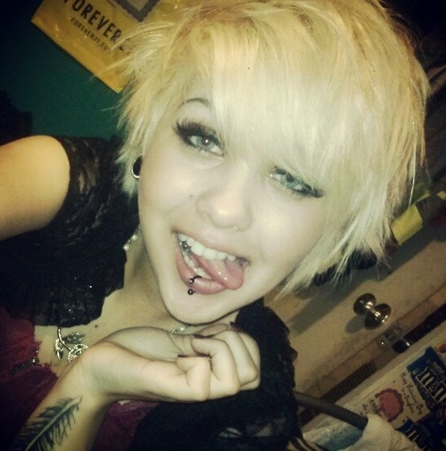 Wish I could pull off a cute, short haircut like this