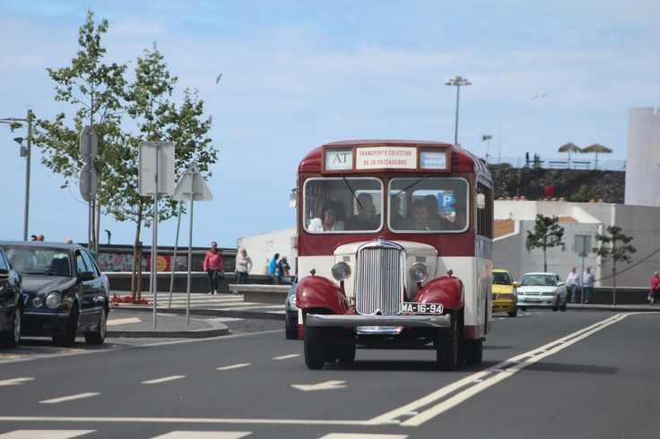Dodge Brothers in one of its trips from Funchal Harbor to Funchal Market - #Madeira #Oldtimertours #ClassicCars #Vintage #DodgeBrothers #Dodge