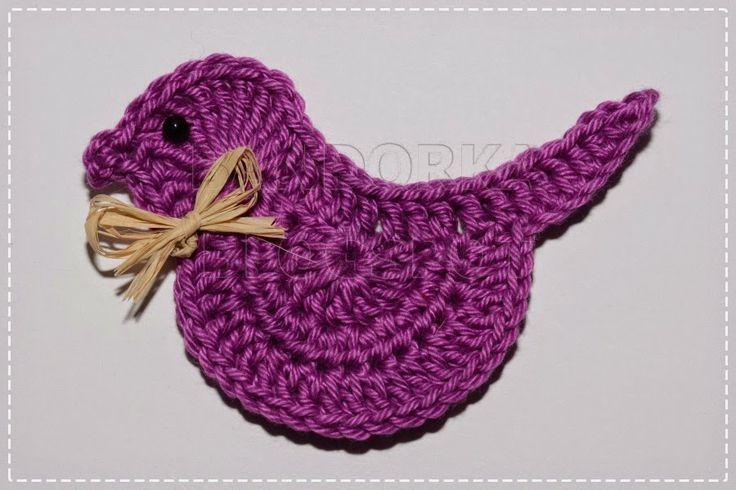 Háčkovaný ptáček