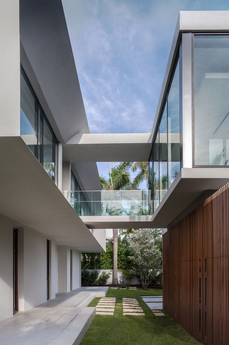 Fantastic Fendi Villa in Miami Beach, Florida - Shutsin