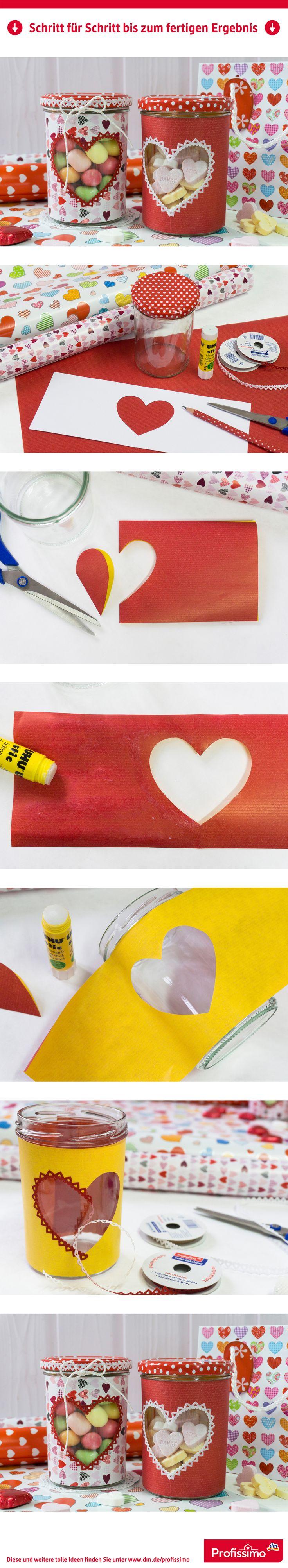 DIY-Idee zum Muttertag: Super süßes Herzglas verschenken! Weil Danke sagen mit solchen Leckereien besonders schön ist. Und wenn die ganzen Leckereien weg sind, kann man das Glas sogar als Teelicht benutzen. Eine Schritt-für-Schritt Anleitung finden Sie auf dm.de/profissimo-kreativ // #ProfissimoKreativ #basteln #Idee #Kreativ #DIY #Muttertag
