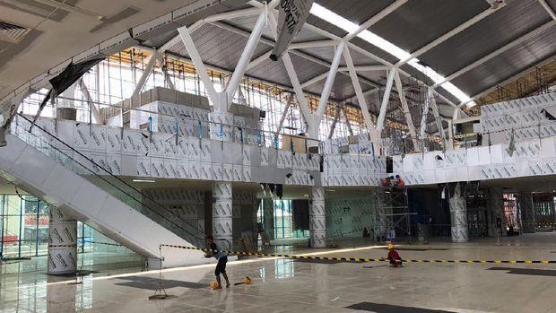 Terlihat kemewahan bertaraf internasional di stasiun Kereta Bandara Soekarno-Hatta | PT Rifan Financindo Berjangka Cabang Bandung       PT ...