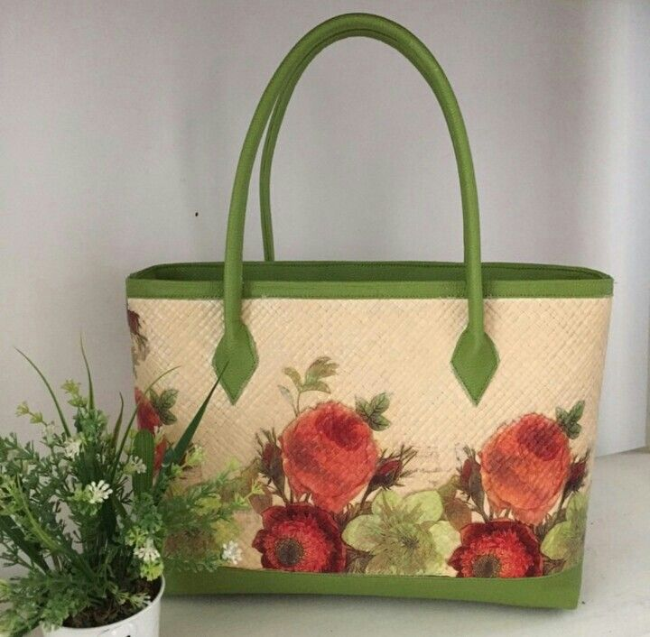 Greeny Painting - Woven Bag
