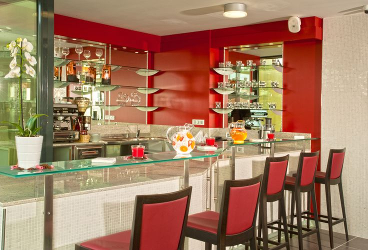 Bar Hotel Galileo www.hotelgalileoprague.com