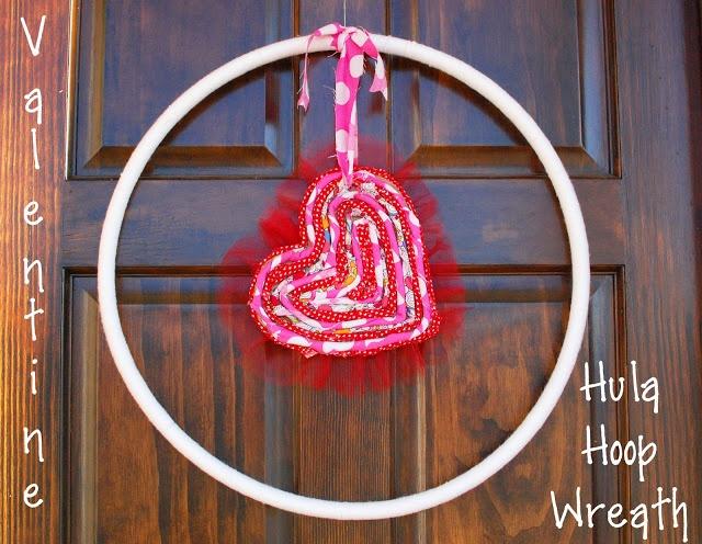 Random Thoughts of a SUPERMOM!: Valentine Hula Hoop Wreath (tutorial)