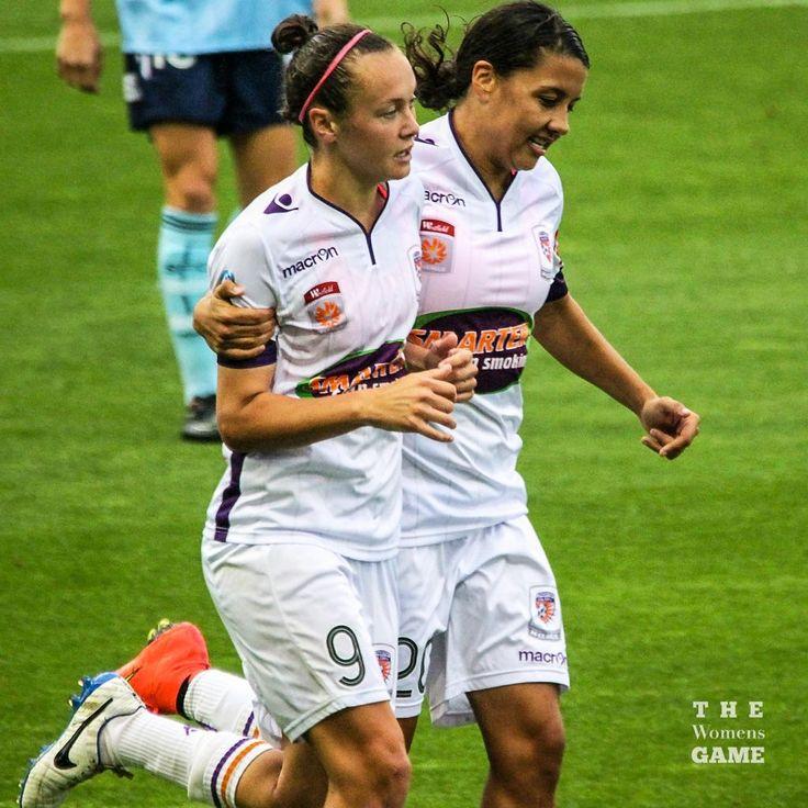 Caitlin Foord and Sam Kerr Perth Glory v Sydney FC 11/29/14