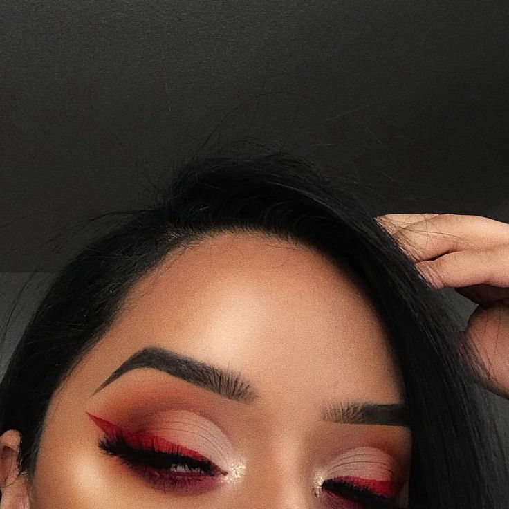 """390 Likes, 1 Comments - Oh!MGlashes (@ohmglashes) on Instagram: """"Focused ————————————— EYES @doseofcolors Baked Browns @sephora Lip Paint 'Red' #03 @lash.kitty…"""""""