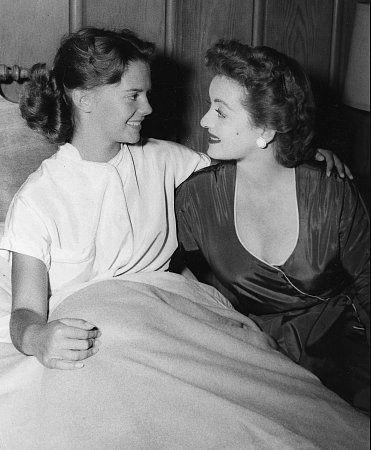 """Star, The"" Bette Davis and Natalie Wood 1952 20th Century Fox"