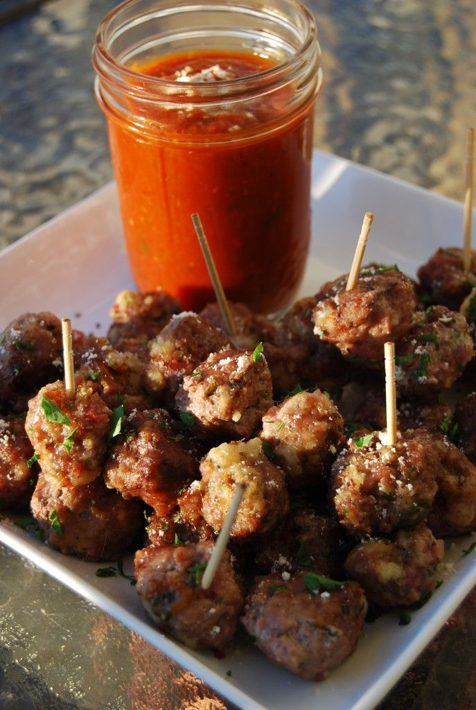 mini-meatballs and dipping sauce