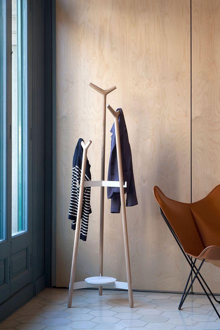 Forc coat rack designed by Lagranja Design for Mobles 114
