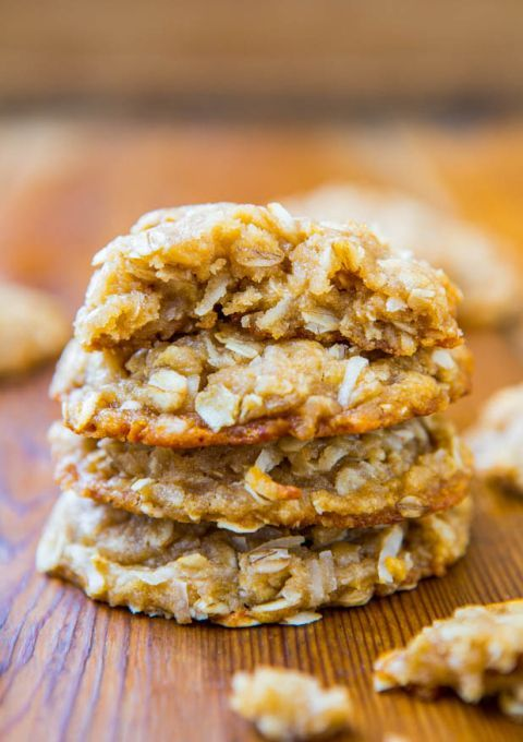 Chewy Oatmeal Coconut Brown Sugar Cookies {Anzac Biscuits} - Soft, Chewy, Easy, No-Egg, No-Mixer Cookie Recipe at http://averiecooks.com