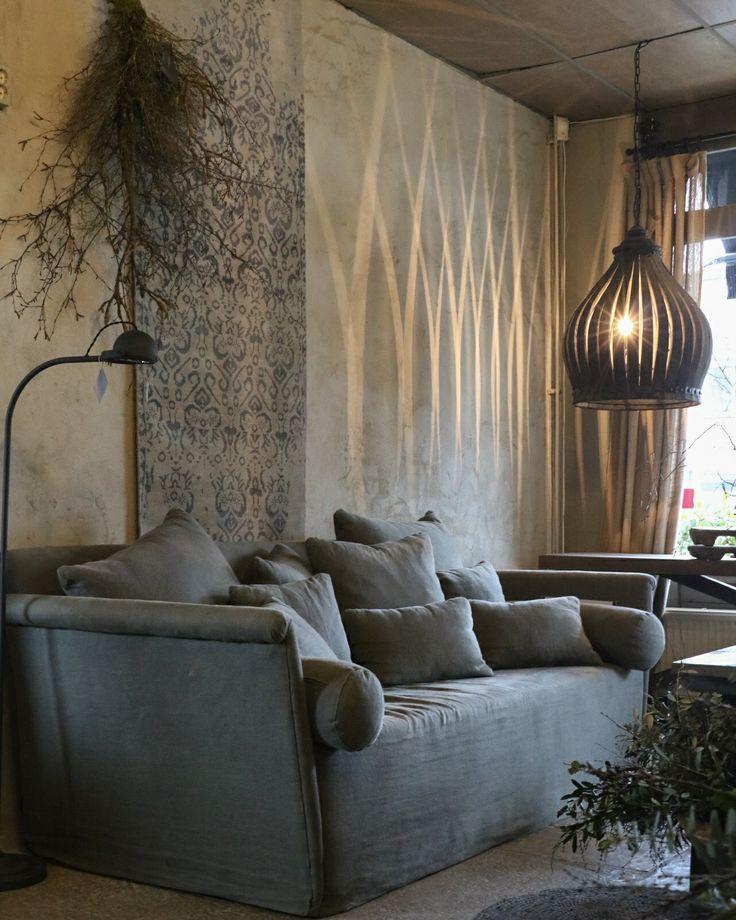 Livingroom, couch, lamp, light.