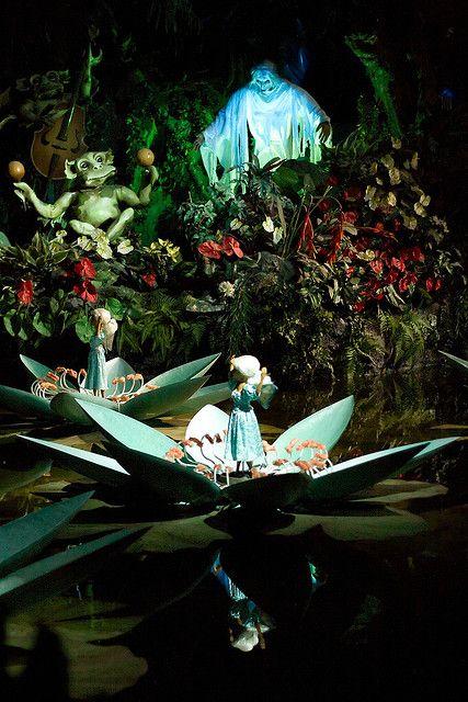 """""""De Indische Waterlelies"""" in het Sprookjesbos van de Efteling by bhermans, via Flickr"""