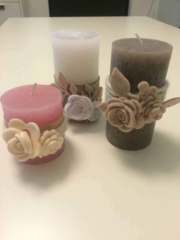Candele con rose in feltro
