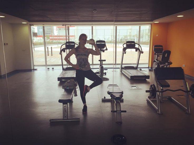 ���������� #fit#olmak#icin#yemeyin#arkadaslar#gym#yardim#etmiyor#��#saturday#workout#workoutmotivation http://www.butimag.com/etmiyor/post/1468071300613412533_345973328/?code=BRfoxHaAha1