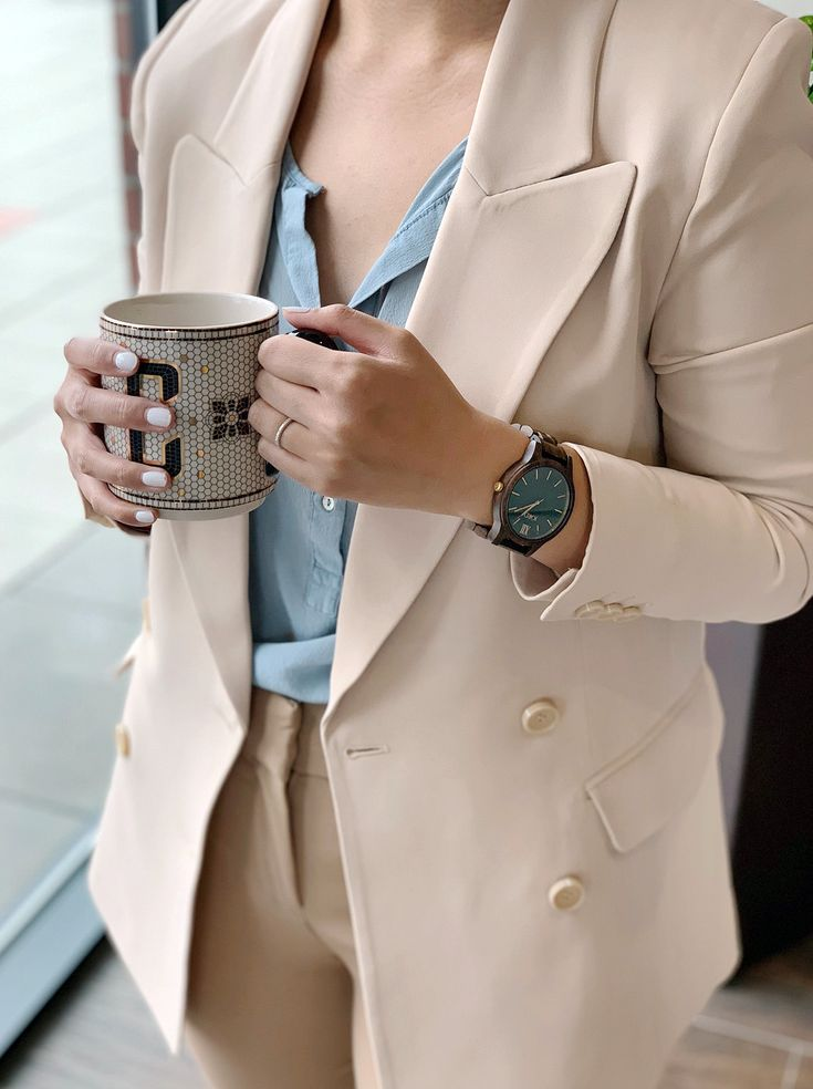 Jan 23 Complete Any Style With A Wood Watch – Cafe Carrie | Fashion & Lifestyle Blog