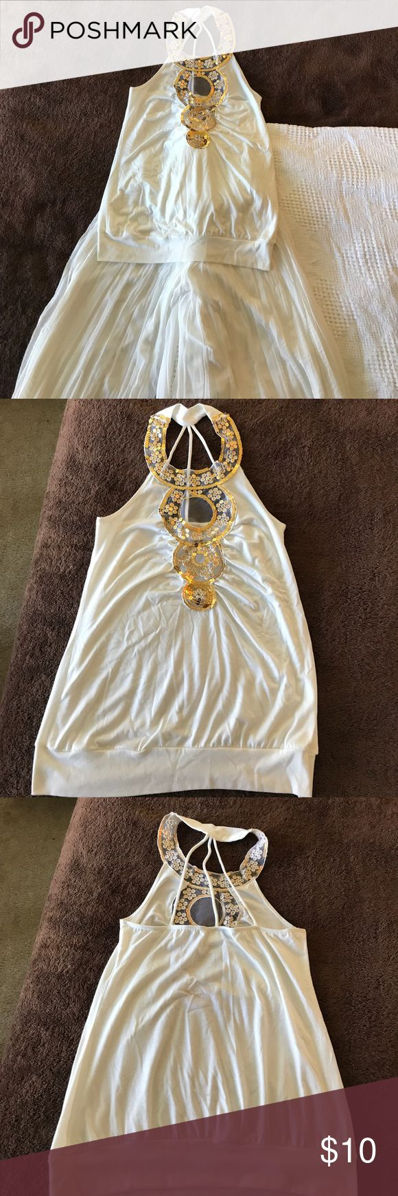 2 piece set! Top & bottom set 2 piece set! Off white & gold. Perfect for an evening out. Sexy top w/ beautiful palazzo pants. There is a small spot on back of the shirt pls see photos. Body Central Other
