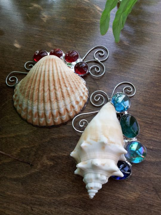 shells and stained glass [ these shells would be pretty with sea glass, too ]