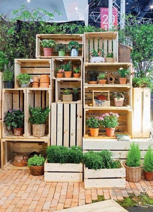 this is great for an area of garden you wanna keep organized like herbs and such.