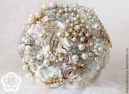 Свадебные цветы ручной работы. Ярмарка Мастеров - ручная работа. Купить Брошь-букет АЙВОРИ + БЕЖЕВЫЙ. Handmade.…