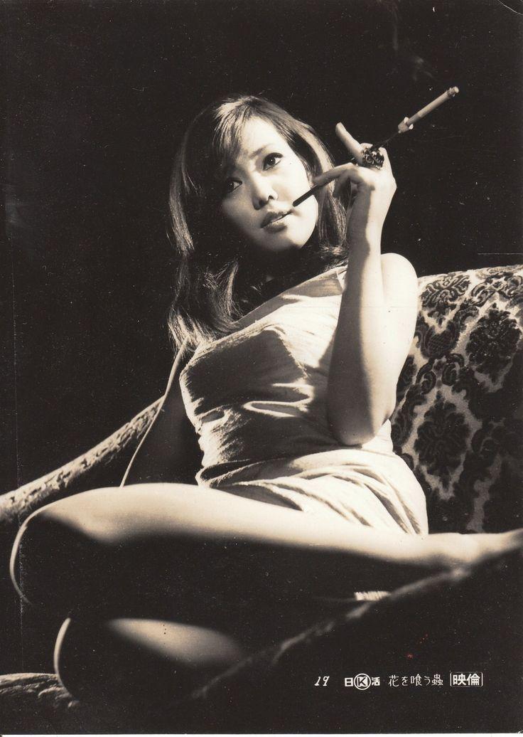 Taichi Kiwako (太地喜和子) 1943-1992, Japanese Actress