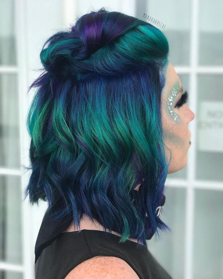 "1,094 Likes, 50 Comments - Amanda Harsche (@mandaharsche) on Instagram: ""PUNK PEACOCK My Flawless client Amanda wanted a Peacock inspired hair color and I think I…"""