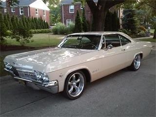 1965 Chevrolet Impala SS.