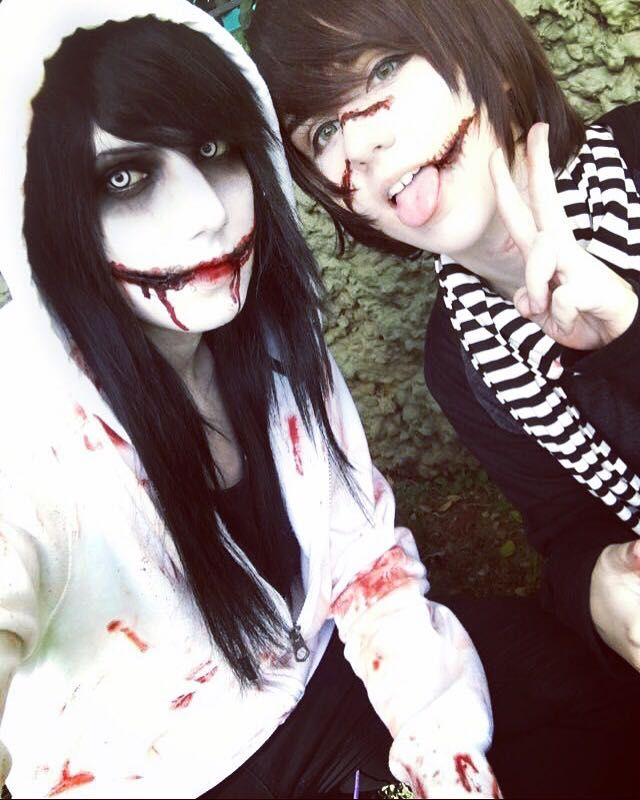 Jeff the killer and Homicidal Liu cosplay :D