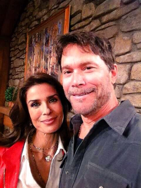 Who is hope brady dating on days of our lives