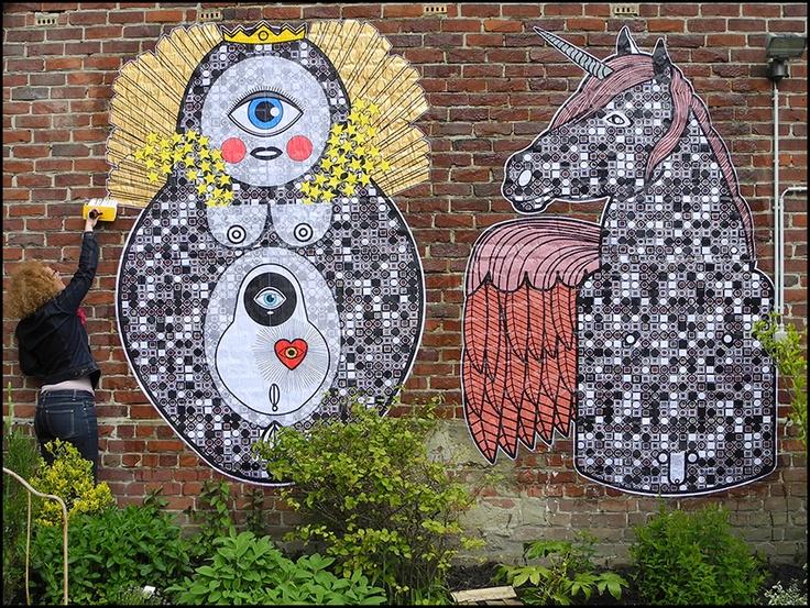 Sara Conti - Street Art - Collage - MESSIAH - handcut xerox+acrylic - circa 280x260cm - Boussu 2013