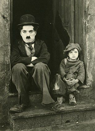 """""""the 20 classic films every child should watch to understand the history of cinema"""""""