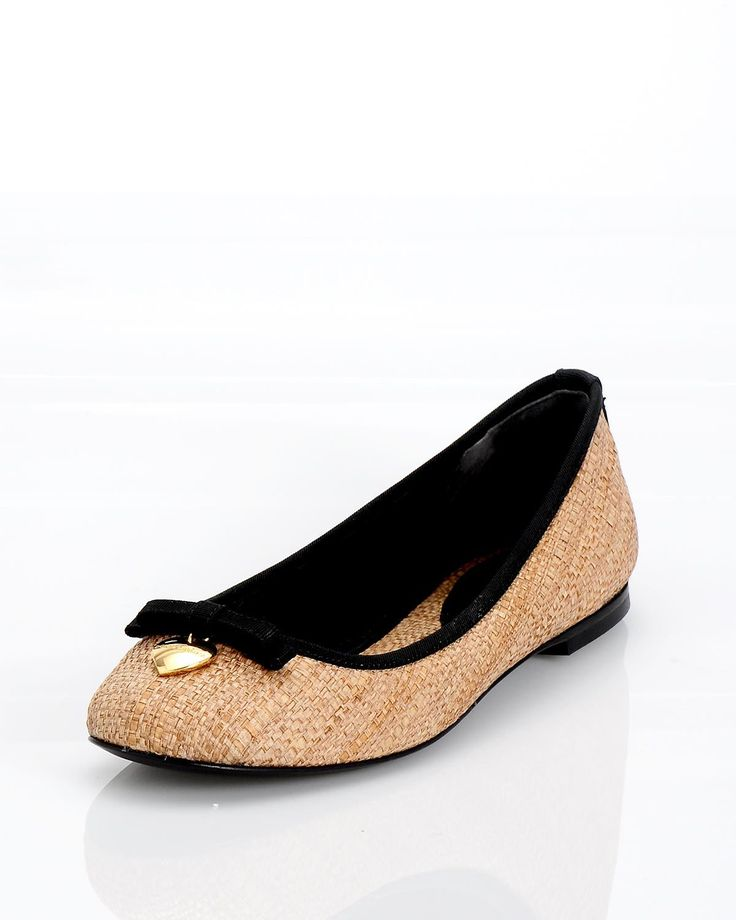 Dolce & Gabbana Flats for $225 at Modnique. Start shopping now and save 43%. Flexible return policy, 24/7 client support, authenticity guaranteed