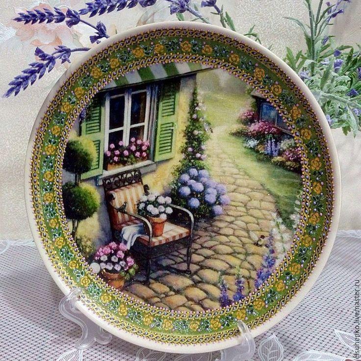 Купить или заказать Тарелка ' Загородный дом' в интернет-магазине на Ярмарке Мастеров.