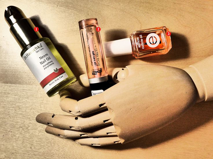 Dr.Hauschka Scin Care Neem Nail Oil: Essy Apricot Cuticle Oil: