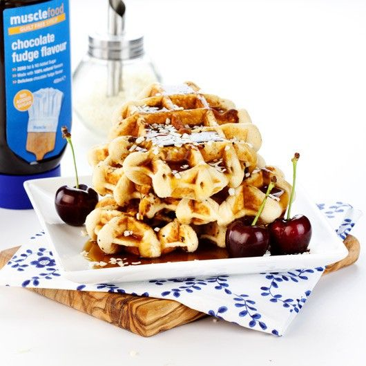 High Protein Waffles - Plain Flavour from Muscle Food - 21g protein - Baked to order, these delicious waffles will arrive with you fresh and ready to eat AND contain Low GI carbs!