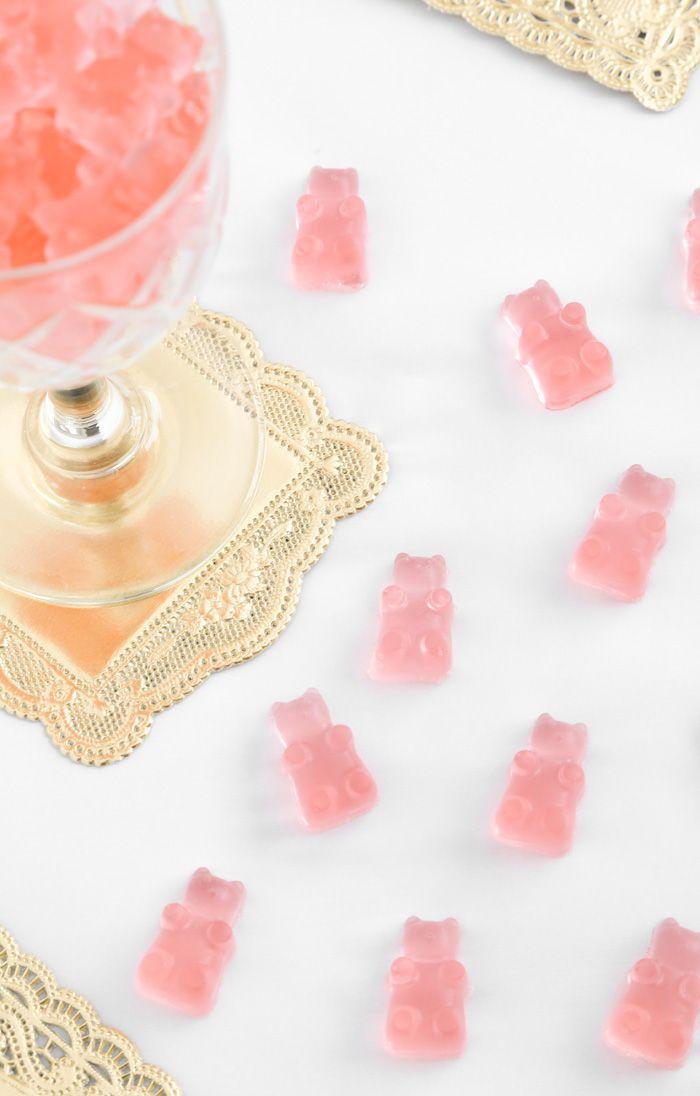 DIY Rosé Wine Gummy Bears | @sprinklebakes