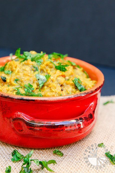 Roasted Smoked Eggplant Curry (vegan, glutenfree) - Vegetarian Gastronomy | This dish is otherwise known as Baingan Bharta, a flavor-packed rich healthy curry and a great way to use up those eggplants!
