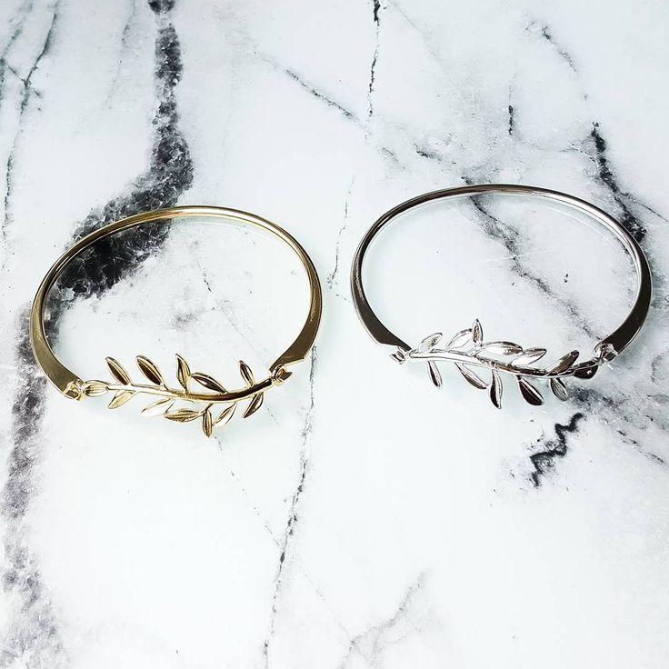 New on Lunapyxis.com! Get our leaves cuff bracelet  Nouveaux sur le site ! Les bracelets jonc feuilles.Plutôt or ou argent? #lunapyxis #bracelet #bracelets #fblogger