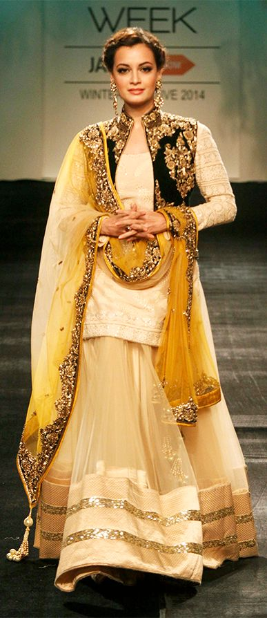 Dia Mirza walks the ramp in a stunning bridal attire at one of the LFW events in Mumbai.