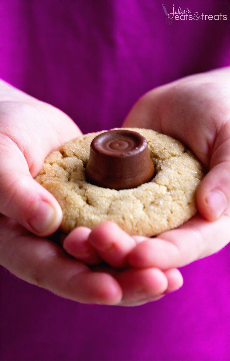 Over 75 Christmas Cookie Recipes ~ http://www.julieseatsandtreats.com