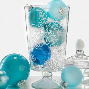 Adorable DIY Snowflake Centerpiece   FaveCrafts.com