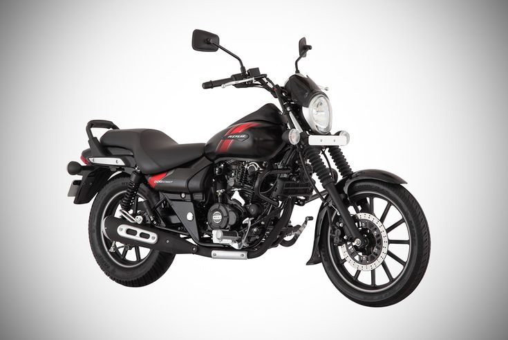 Bajaj Auto has launched the updated models of the Avenger cruiser motorcycle. Both the 2018 Bajaj Avenger Cruise 220 and the 2018 Bajaj Avenger Street 220 are priced at INR 92,954/- (ex-Showroom Maharashtra).