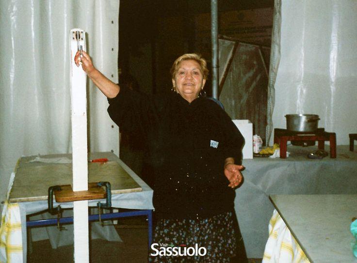 Carla Saetti ed il famoso 'gancio' per lavorare i Tiramolla