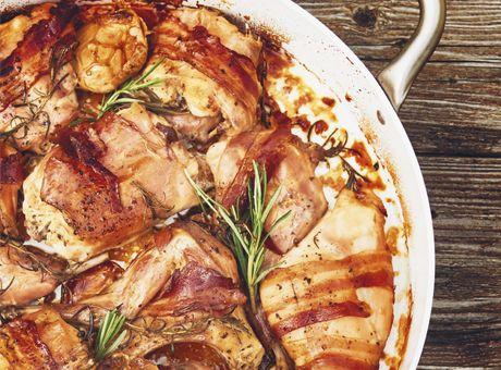 Deník Dity P. - Králík pečený na česneku se špenátem a bramborovými knedlíky