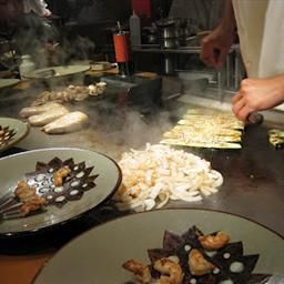 Hibachi chicken and steak.    REVIEW: this recipe is SO good.  You must make it with the special sauce or it is not the same.  The recipe for the sauce is http://www.japanese-steakhouse-white-sauce.com/white-sauce-recipe.htm