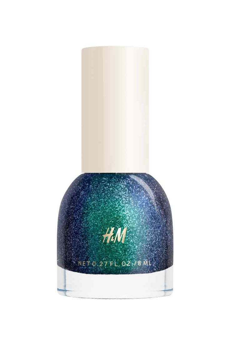 Nail polish in Nocturne | H&M