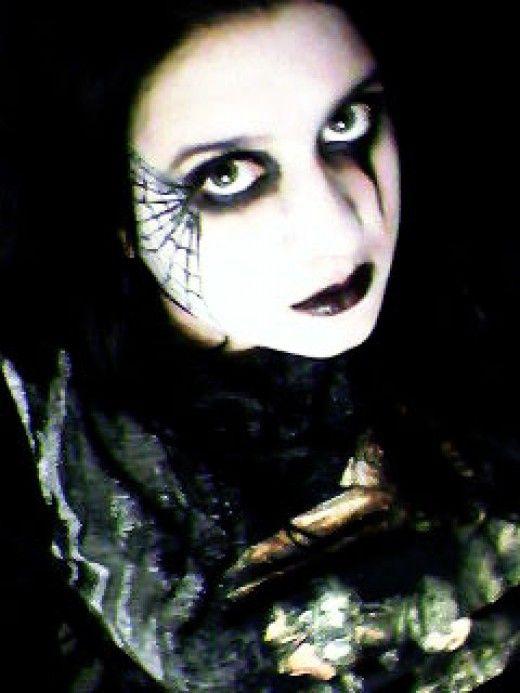 Spider Web Makeup Ideas and Tutorials